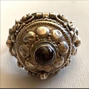 ANTIQUE STERLING POISON RING 7 1/2